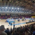 Uczniowie z ZS33 na meczu FIBA Europe Cup w piłce koszykowej mężczyzn.
